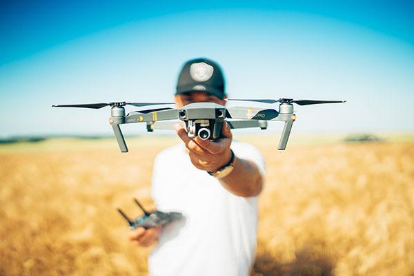 como ser piloto de drones